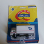 Athearn Ford C-Series with Van body USPS Delivery 1:87 stunning model @sold@